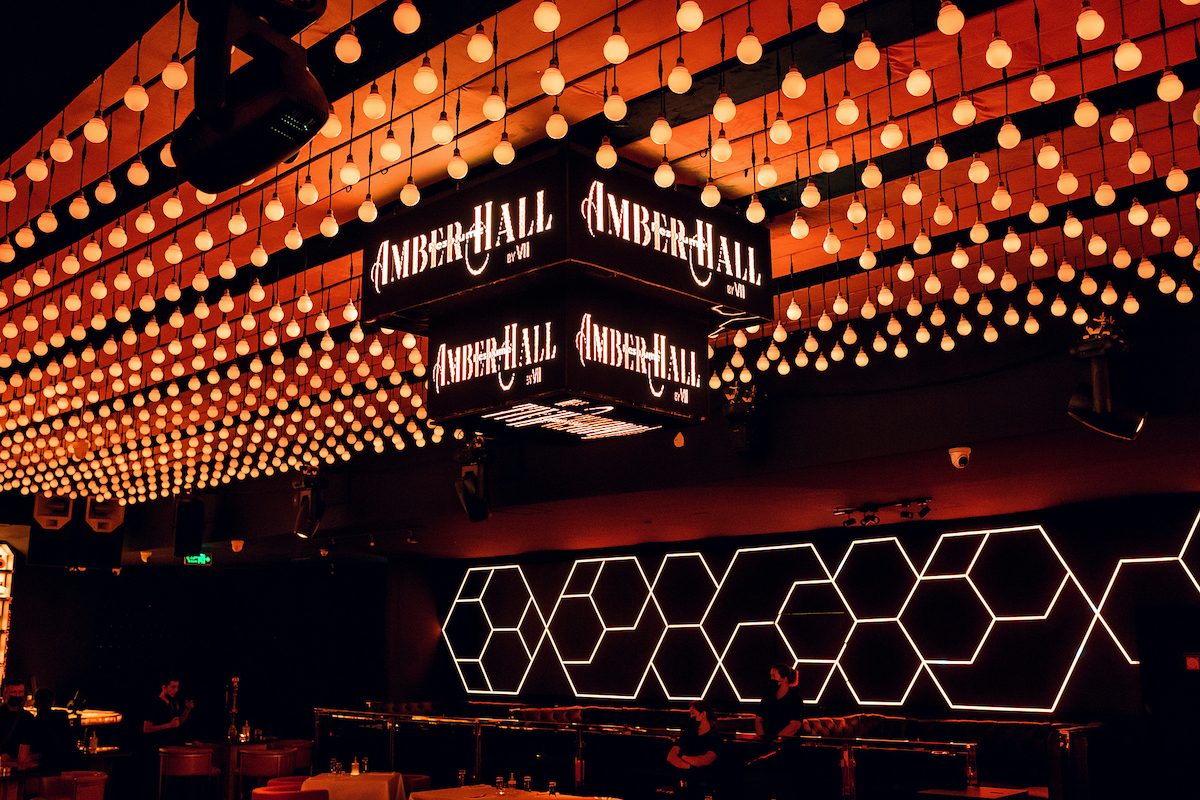 Amber Hall, Vii Dubai's Latest 'Multi-Sensory' Dining and Live Entertainment Concept, Opens its Doors!